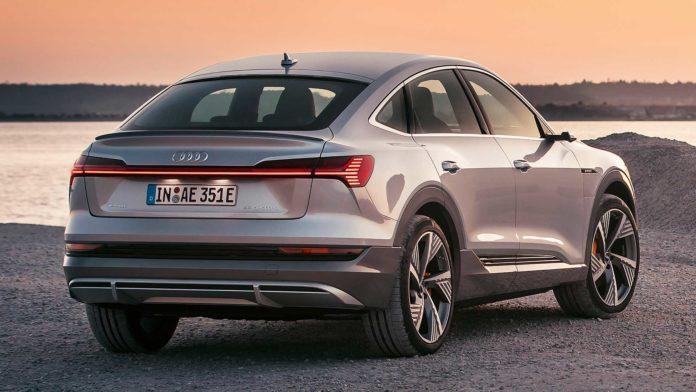 Лучшие новости о новом электрокроссовере, подготовленном компанией Audi для России.