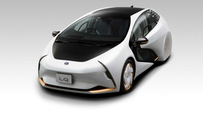 Лучшие новости об электромобилях Toyota, представленных для Америки и Европы.