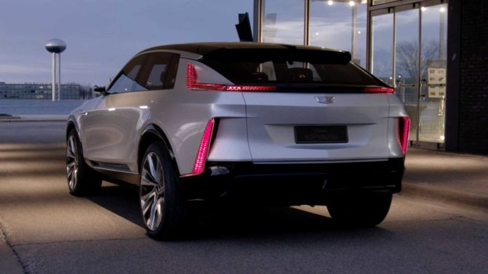 Лучшие новости об отказе диллеров Cadillac от марки из-за электромобилей.