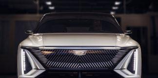 Лучшие новости об электрическом кроссовере Cadillac