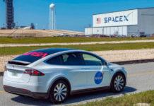 Лучшие новости о перевозке астронавтов НАСА до стартовой площадки с помощью Tesla Model X.
