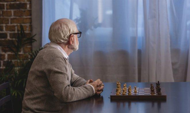 Лучшие новости о привычке к одиночеству, меняющей структуру мозга человека.
