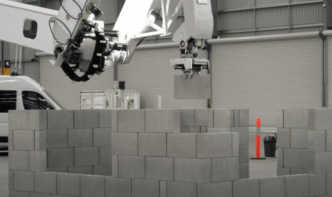 Лучшие новости о роботе-каменщике Hadrian X