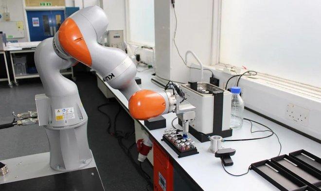 Лучшие новости о роботе-ученом