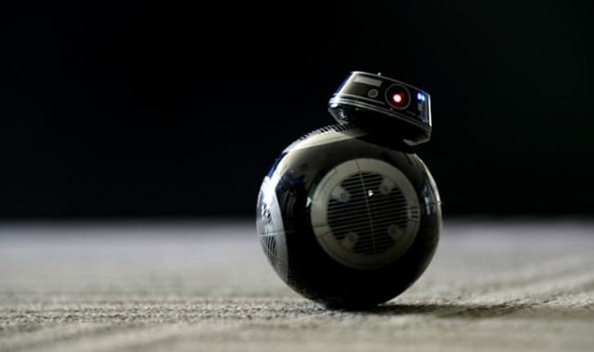 Лучшие новости о перевоплощении забавного робота BB-8 в грозного полицейского.