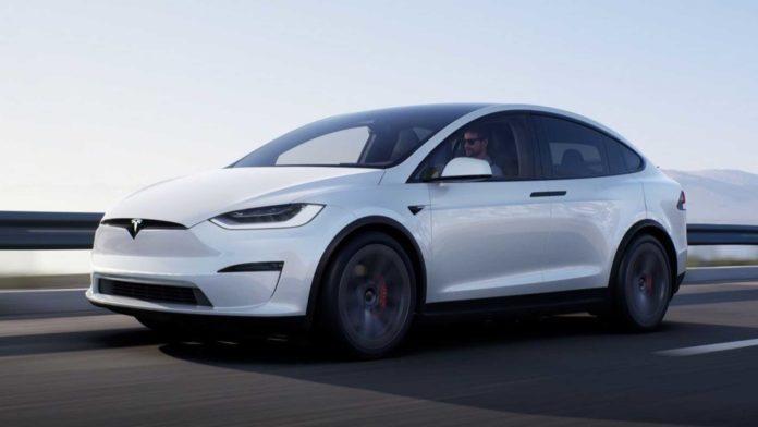 Лучшие новости об обновленном Tesla Model X