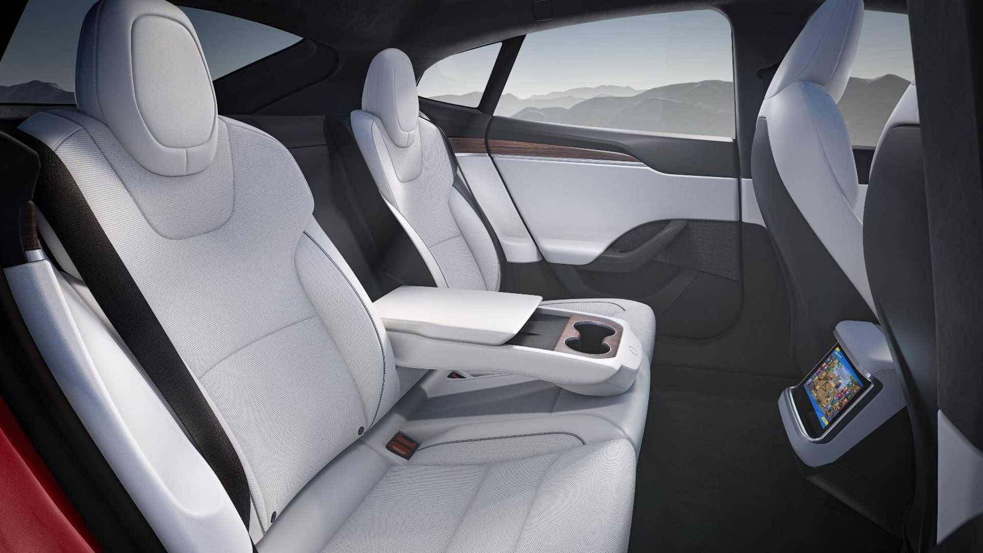 Лучшие новости о обновлении Tesla Model S
