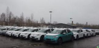 Лучшие новости о компании Volkswagen, располагающей тысячами электромобилей, которые были найдены на стоянке в Германии.