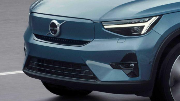 Лучшие новости о компактном электрокроссовере Volvo