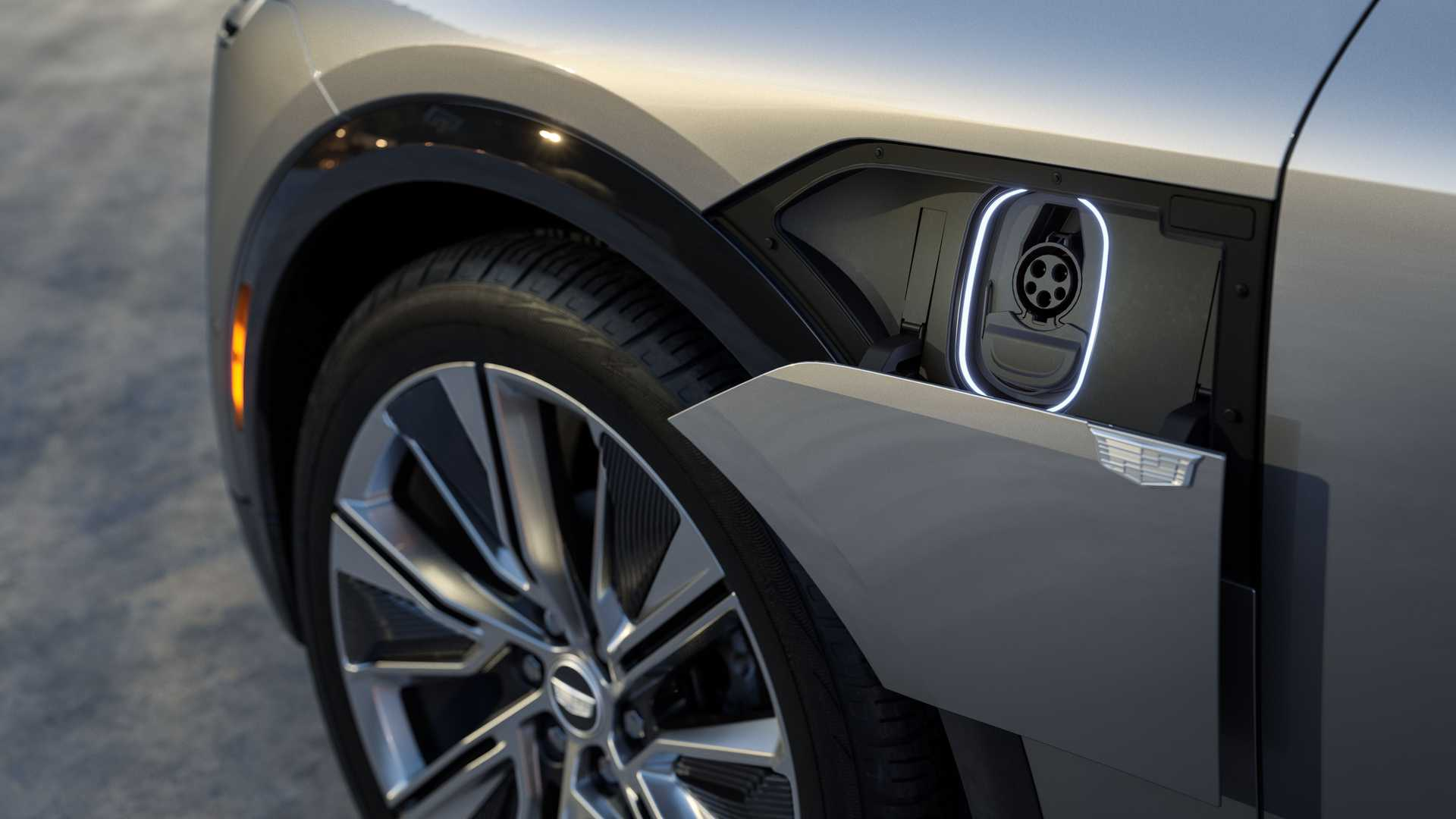 Лучшие новости об элктрокроссовере Cadillac Lyriq