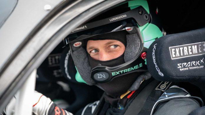 Лучшие новости: принц Уильям не справился с управлением на гоночном электромобиле